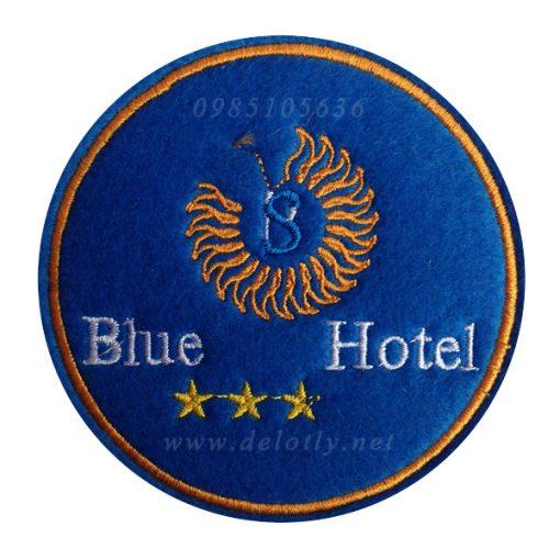 De lot ly vai ni cho khach san Blue Hotel